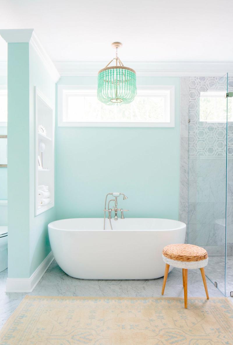 Baños con colores pastel
