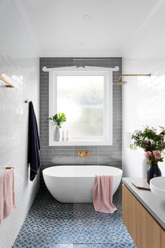 8 opciones para instalar ducha y ba era en un ba o peque o - Platos de ducha pequenos ...