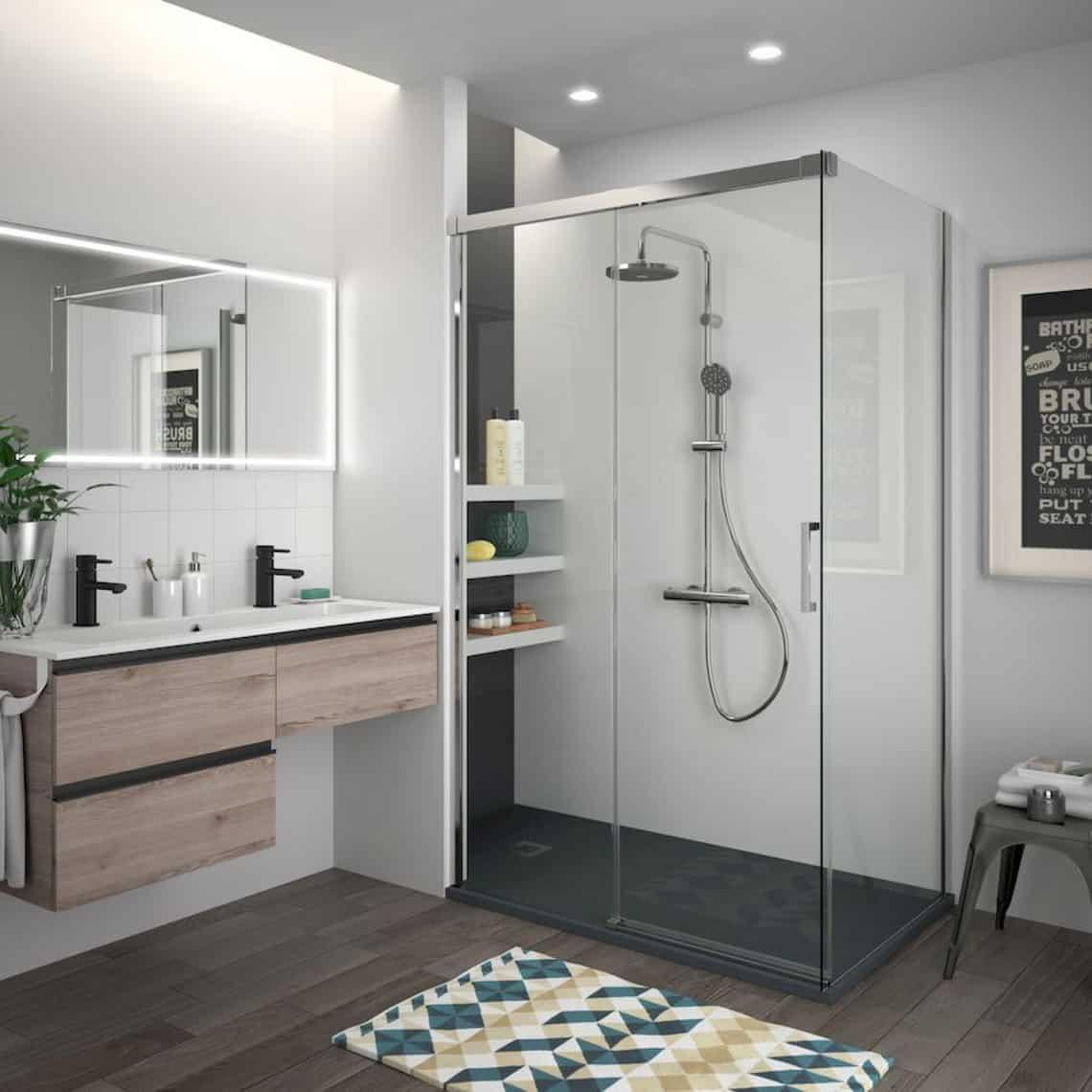 Cuarto de baño con mampara Copenhague de Salgar | Banium.com