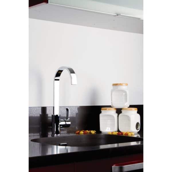 Grifo de cocina con salida del agua en efecto cascada - Caiman xtreme - Clever