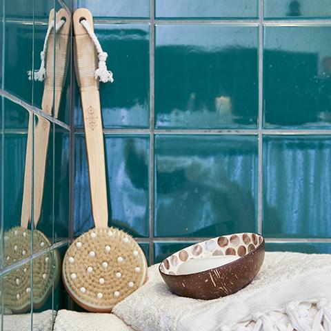 Cepillo de masaje y baño - Affari