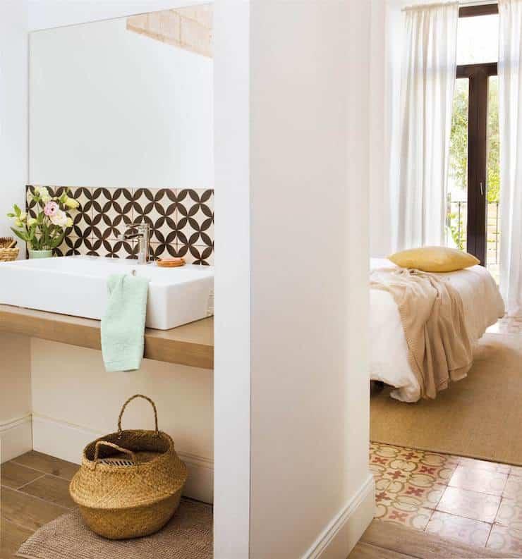 Claves para revestir tu baño con baldosas hidráulicas