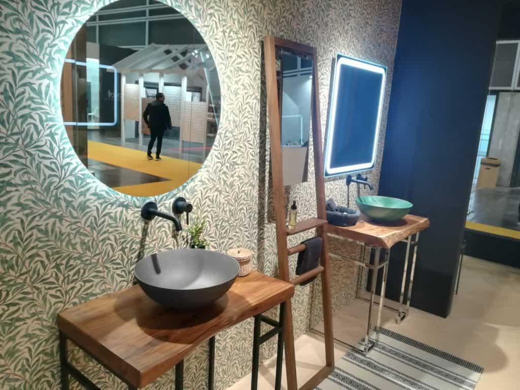 Mobiliario colección Wood con lavabos del catálogo Making Experiences
