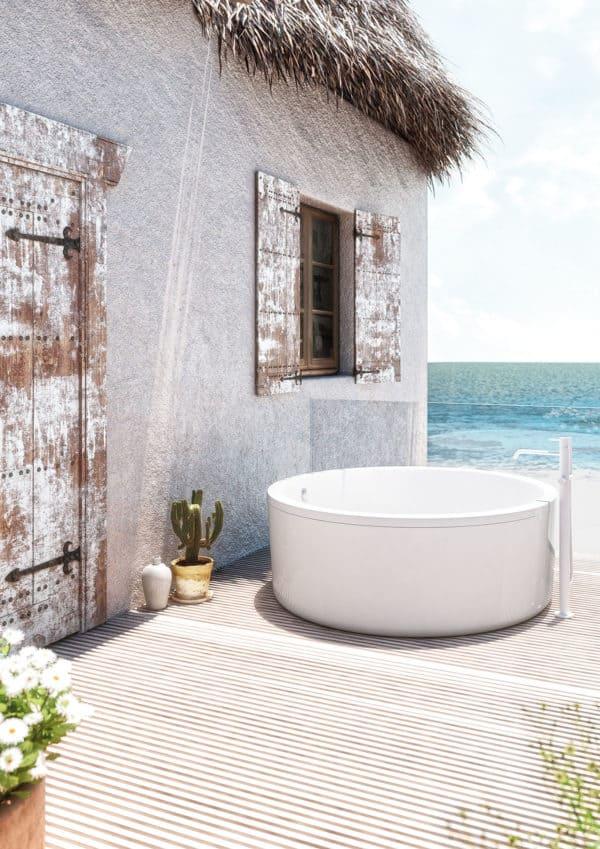 Bañera de exterior con estructura - Baños10 - Abot