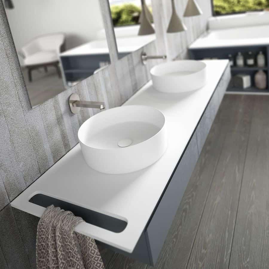 Encimera Solid Surface con toallero de SolidValencia
